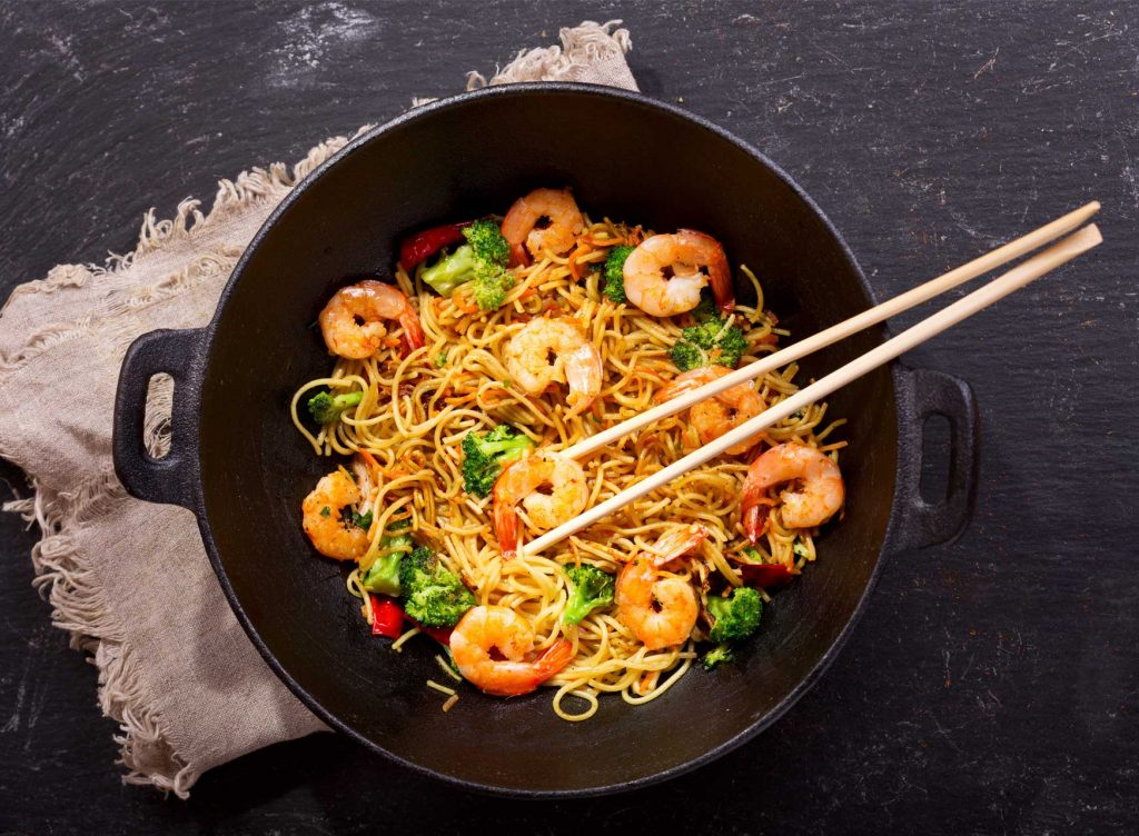 Stir fried noodles with shrimps and vegetables, Singapore
