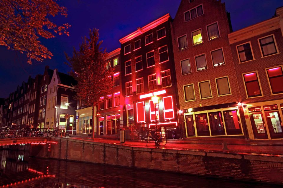 Is it cautious— to ban tourists visiting Red Light District Amsterdam?