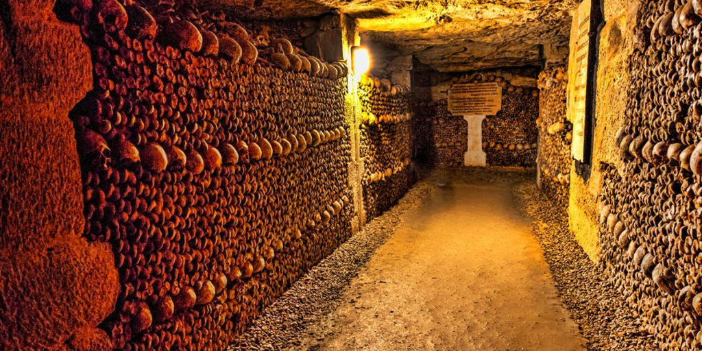 Weirdest places on earth - The Catacombs of Paris