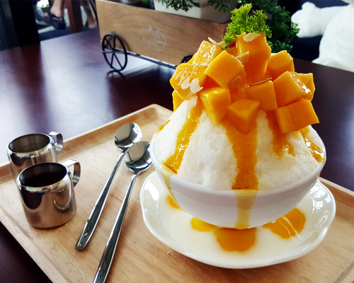 Hawaii food traditions - All-Natural Shave Ice