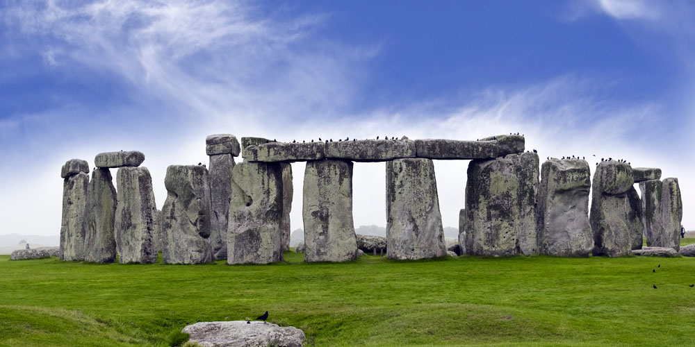 Places to visit in the UK - Stonehenge