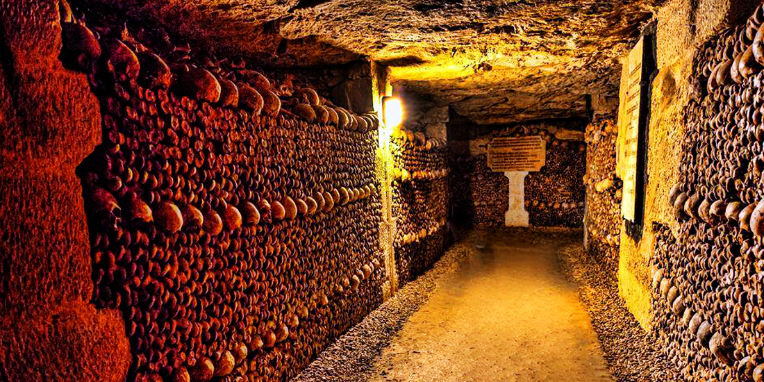 scariest places on earth - Paris Catacombs